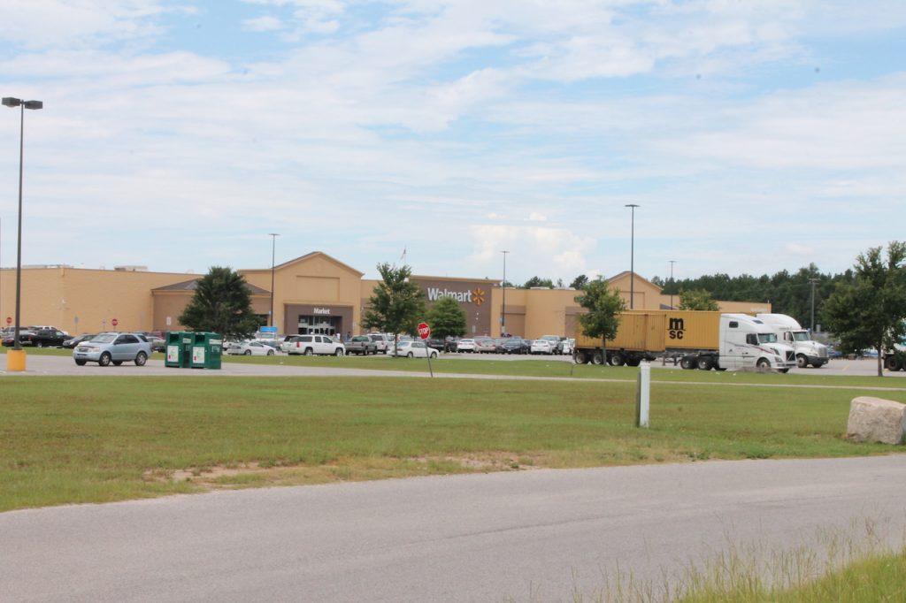 walmart shopping center outparcels